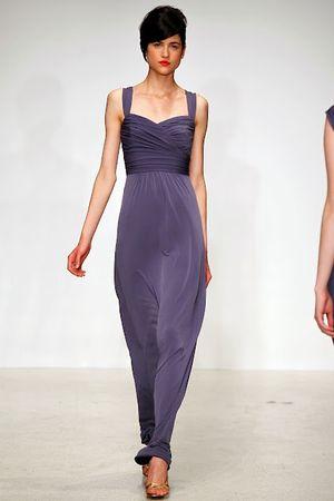 FashionTime - Trend 2013 tavasz nyár - Menyasszonyi ruhák 2013-ra ... e2557eebc8