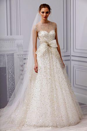 FashionTime - Trend 2013 tavasz nyár - Menyasszonyi ruhák 2013-ra ... 695dd15ab3