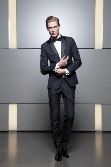 08d870eba FashionTime - Férfi divat - DSquared2 az elegáns férfiaknak
