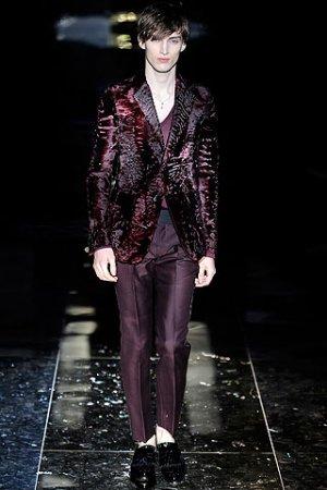 b6ad12788 FashionTime - Férfi divat - Ibolyát - férfiaknak